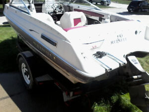 Bowrider boat for sale Volvo penta 4.3 L. Can water test