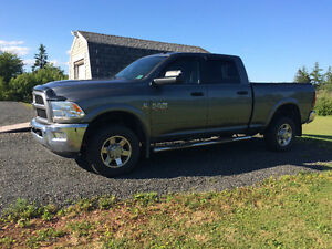 2013 Dodge Power Ram 2500 out doors man Pickup Truck