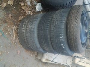 4- 15 tires on rims 1- 15 in spare p215/75/15