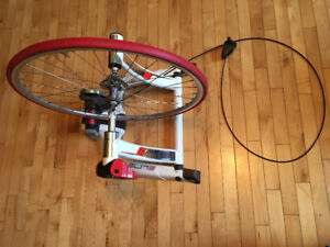 Elite Qubo Power Mag Indoor Trainer w/ Wheel