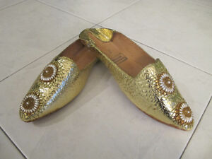 MOROCCAN SHOES BABOUCHES Ladies Fits size 7-7.5 (NEW)