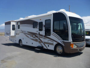 35' Class A Motorhome RV - Rental North Shore Greater Vancouver Area image 1