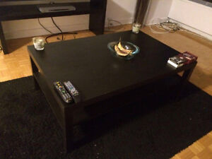 Black Coffee Table for Sale in Very Good Condition