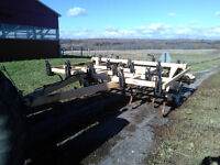 12' Ezee-On 5100 heavy chisel plow with dual rolling baskets