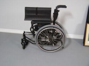 Wheelchair, fold up
