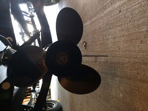 Black Max Propeller 21P {Used Once Wrong Pitch}