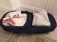 Britax smile carrycot brand new in navy