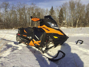 Ski-Doo MXZ X 800 etec