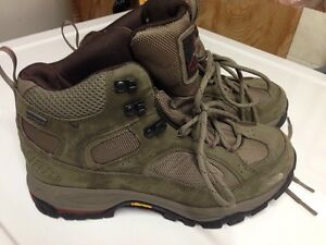 North Face ladies hikers Size10 brand new! Kitchener / Waterloo Kitchener Area image 1
