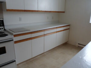CRESTON- Lovely Suite Available