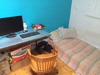 Chambre à louer - Septembre - Room rental
