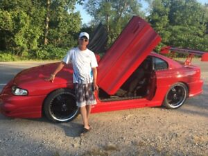 NO RUST !!! 94 MUSTANG GT -1 OF A KIND !!!