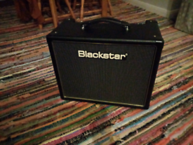 Blackstar HT5-R And Footswitch