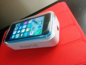 Iphone 5c Mint condition, works with Koodo/Telus