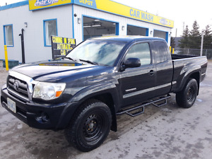 2010 Toyota Tacoma Low KMS!!!!!