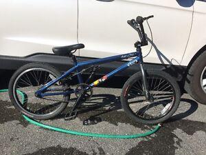 Specialized Fuse One BMX Bike