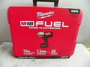 Milwaukee tools for sale by auction www.taylorsauctioneers.ca