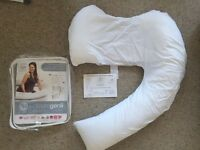 Dream Genii maternity pillow