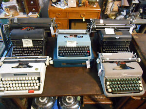 Vintage Typewriters London Ontario image 1