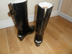 Fashionable Rubber Boots, New