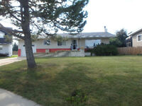 House for Rent in Lacombe