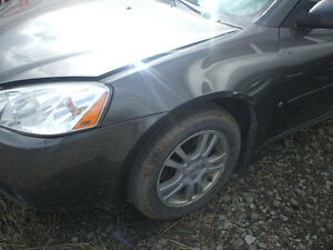 PARTS AVAILABLE FOR A 2006 PONTIAC G6 Windsor Region Ontario image 2