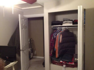 Clean cozy room for rent in my home Kitchener / Waterloo Kitchener Area image 7