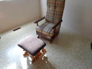 rocking chair & ottoman both $ 50 firm both serious inq only