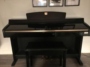 Piano Yamaha Clavinova CLP-230