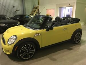 Mini Cooper Convertible 2dr S 2009