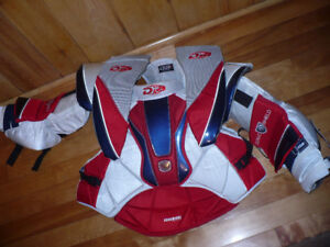 DR X6 MAGNUM hockey goalie chest pad and arm protector Large