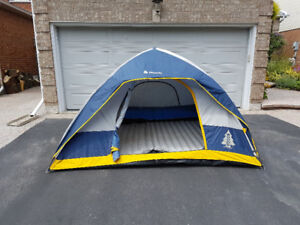 Woods 4 person tent 3 season with fly and rain cover, air mattre