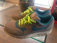 air max 1 omega pack size 12