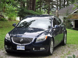 **ONLY 45,000 km**   2011 Buick Regal
