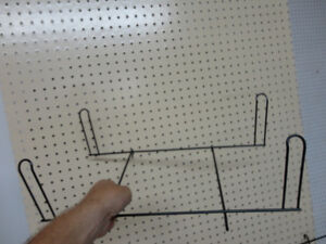 Ducti Black Wire Display Wall Extension 4 peg Hook sets- New Kitchener / Waterloo Kitchener Area image 3