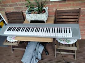 Yamaha NP-31S PIAGGER 76 NOTE DIGITAL PIANO