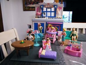 FISHER PRICE FAMILY FURNITURE AND KITCHEN CENTER