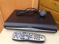 SKY HD+ set box and remote