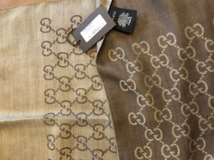 Brand New Gucci 45 x 180 Reversible Wool Scarf