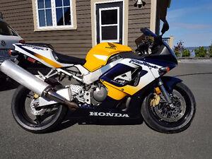 2000 Honda CBR 929