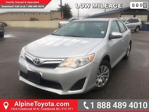 2014 Toyota Camry LE   Low km, air conditioning, cruise control,