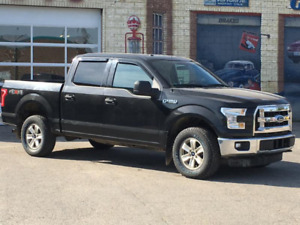2015 Ford F150 Super Crew XLT 4X4 with no accident History