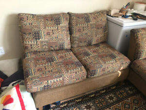 2 sofas and 1 square table