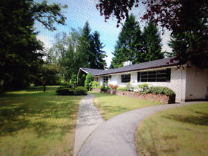 3 bedroom rancher, 1.14 acres, country living in city limits