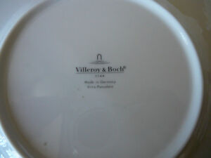 Villeroy & Boch Christmas Plates and Bowl Kitchener / Waterloo Kitchener Area image 4