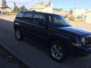 2014 Jeep Patriot Limited SUV fully loaded active status leather