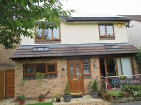 3 bedroom house in Goldcrest Cl, Manchester M22 4Wu, M22 (3 bed)