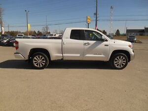 2015 Toyota Tundra Limited 5.7L Double Cab 4WD Peterborough Peterborough Area image 7