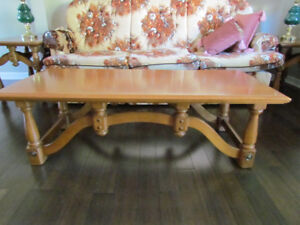 Rock Maple End Table and Coffee Table Set (Vilas)