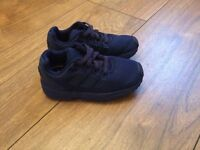 Toddler size 7 adidas torsion trainers